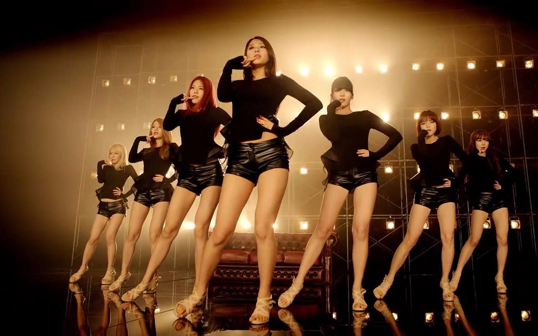 http://v.youku.com/v_show/id_XMTc1NDUxNzg2MA==.html