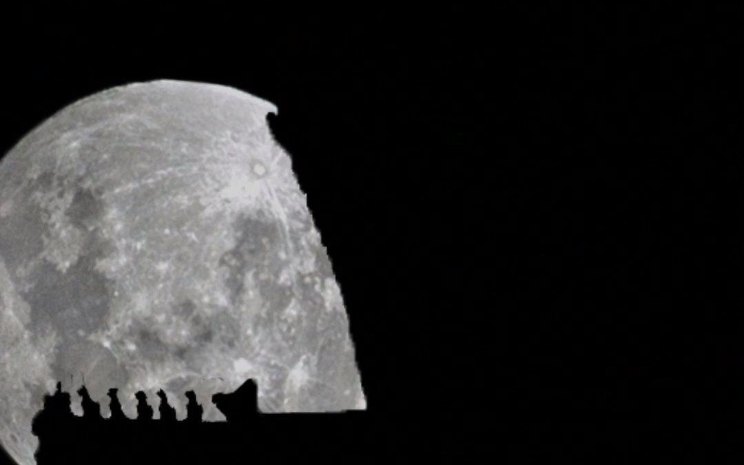这才是中秋的月亮,国泰民安与阖家欢乐撞了个满怀,愿看到这条视频的你月圆人圆美梦成真