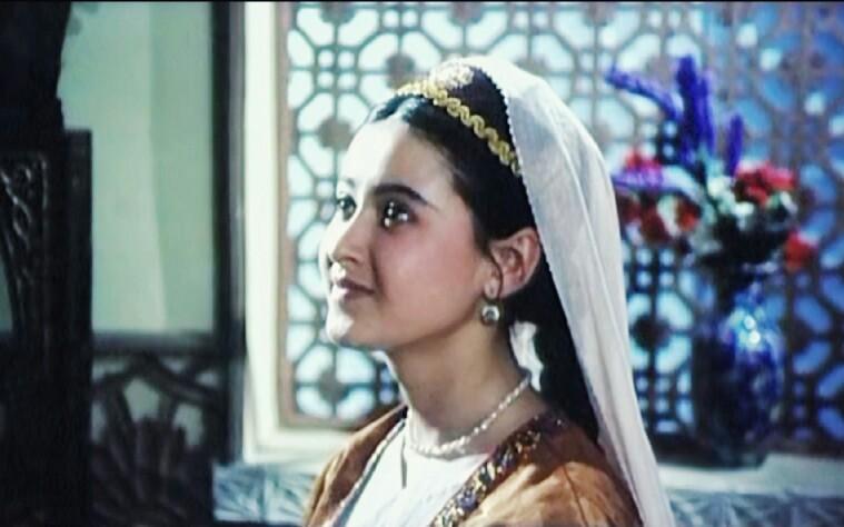 【国产老电影】记忆中的维吾尔漂亮小姐姐