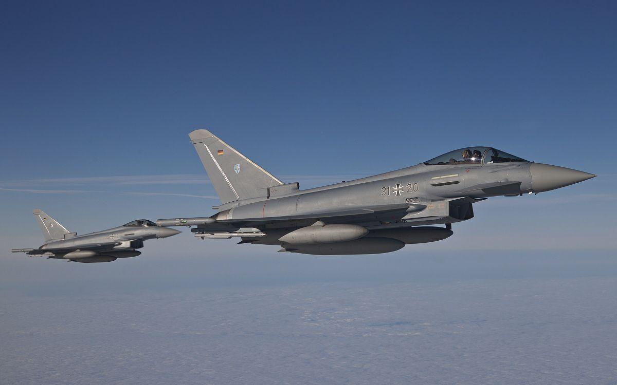 德国空军台风战斗机纪录片图片