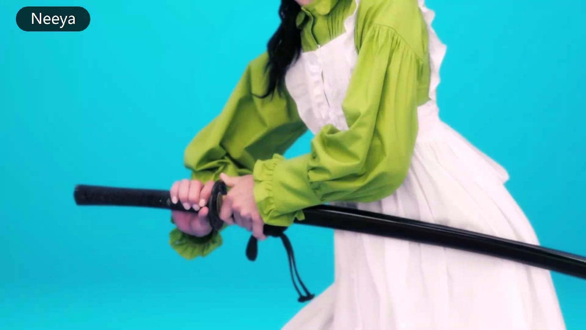 拔刀流女仆惊呆日本,刀法犀利成全国话题
