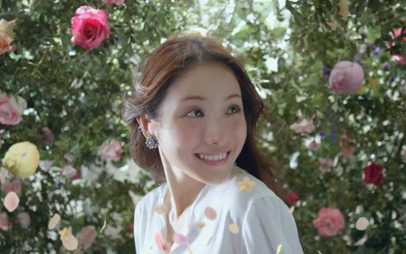 ブレない私へ。新土台美容液CMの女優は誰?→森絵梨佳さんだっ