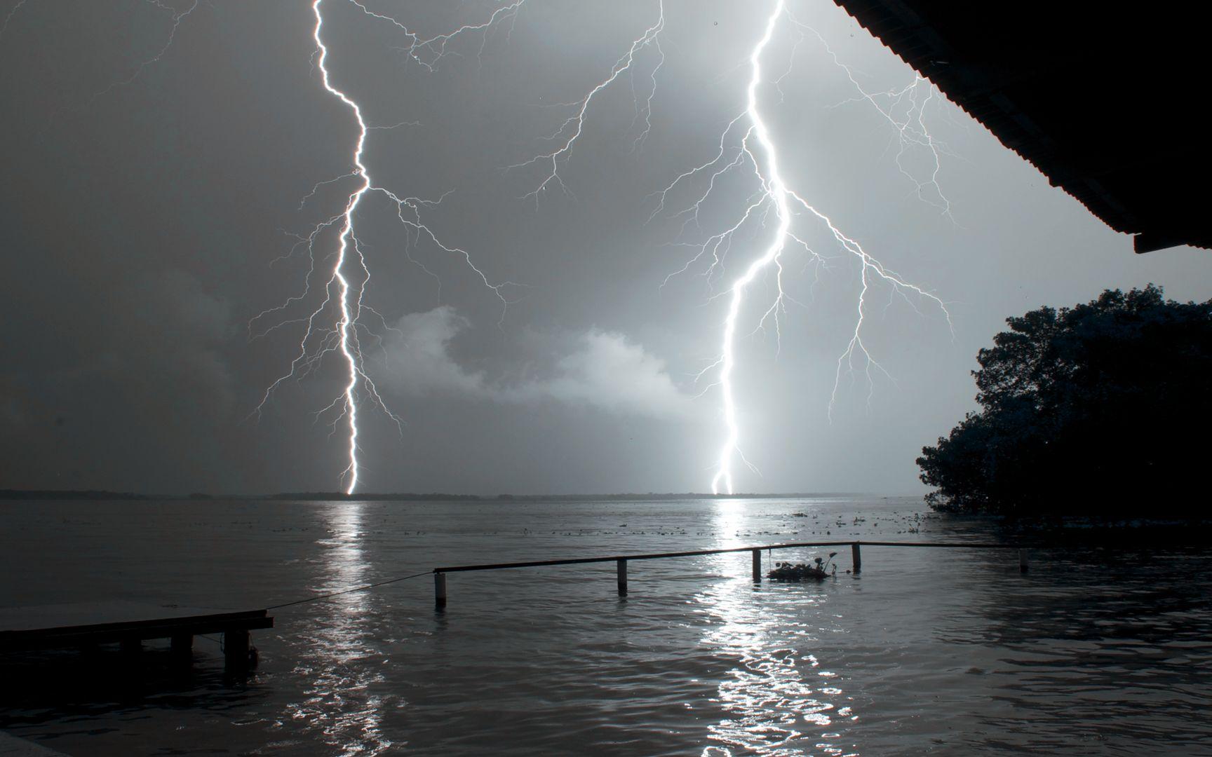 卡塔通博闪电!委内瑞拉的雷暴奇观【寰球大百科175】图片