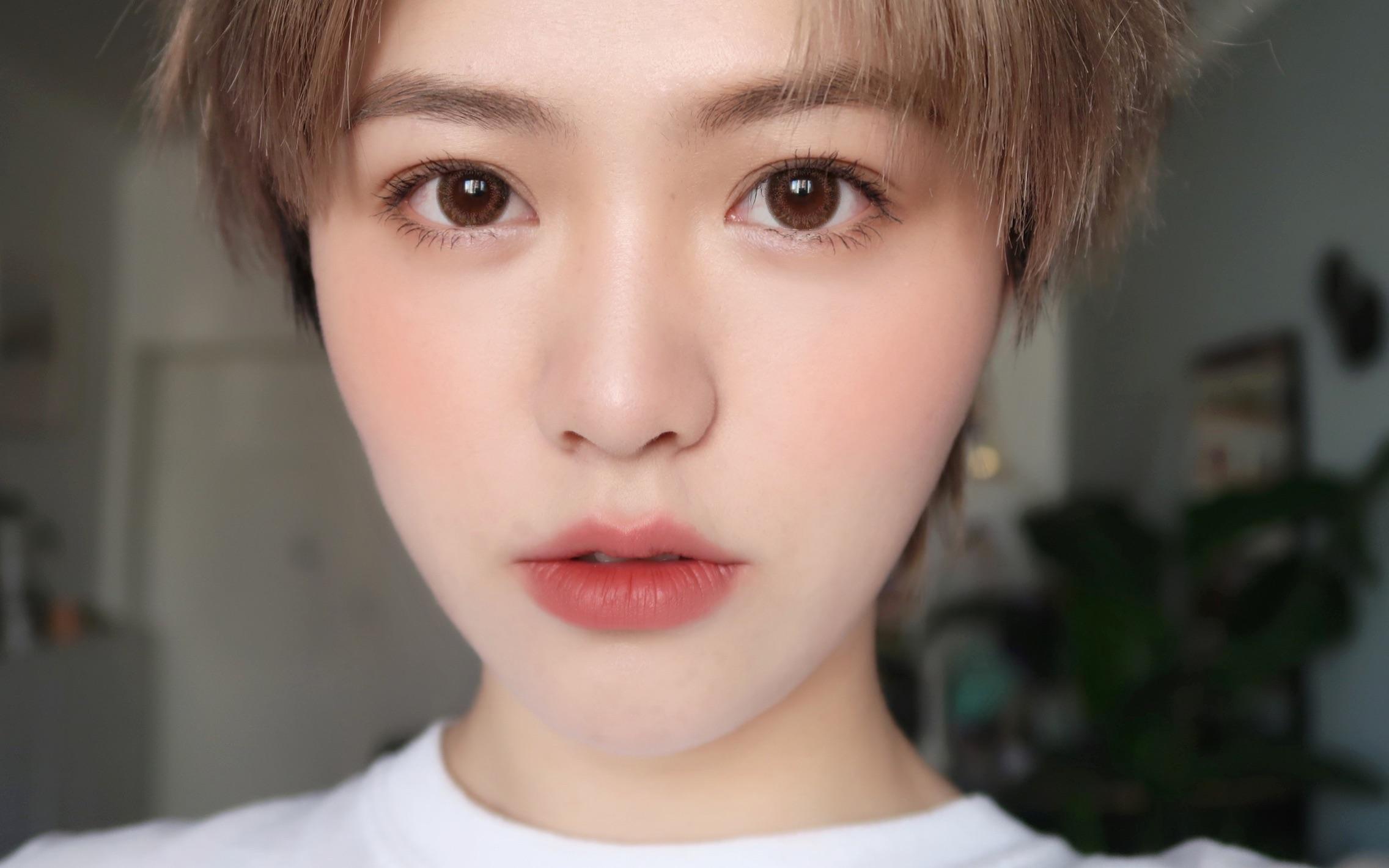 [郭享耳儿]是人间水蜜桃了!超贴肤底妆大法/伪素颜妆