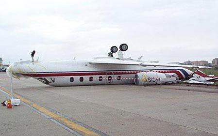 史上最bt的飞机事故总集合