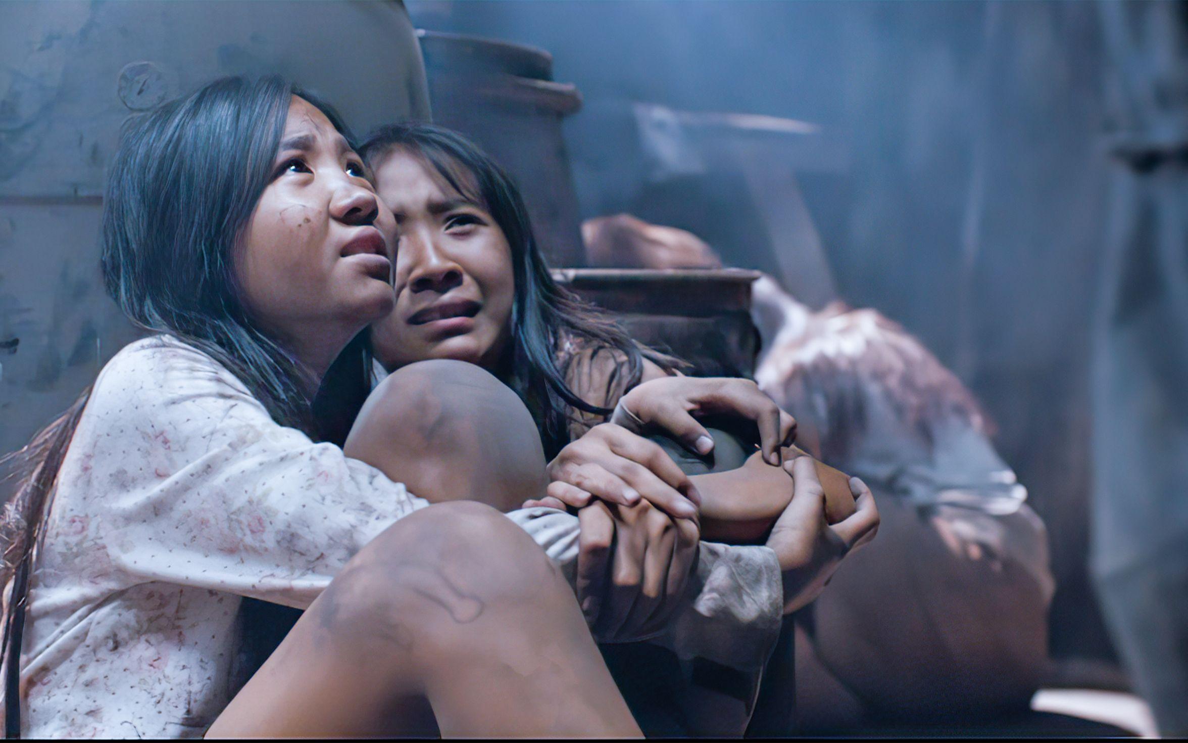 数百名少女被人贩子诱拐,囚禁牢笼,卖给有钱人当玩物。 #电影解说 #高分电影