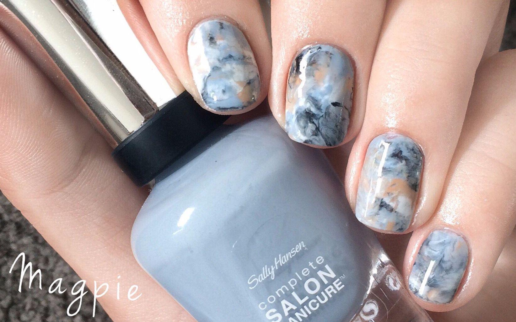 【magpie】蓝色大理石花纹美甲