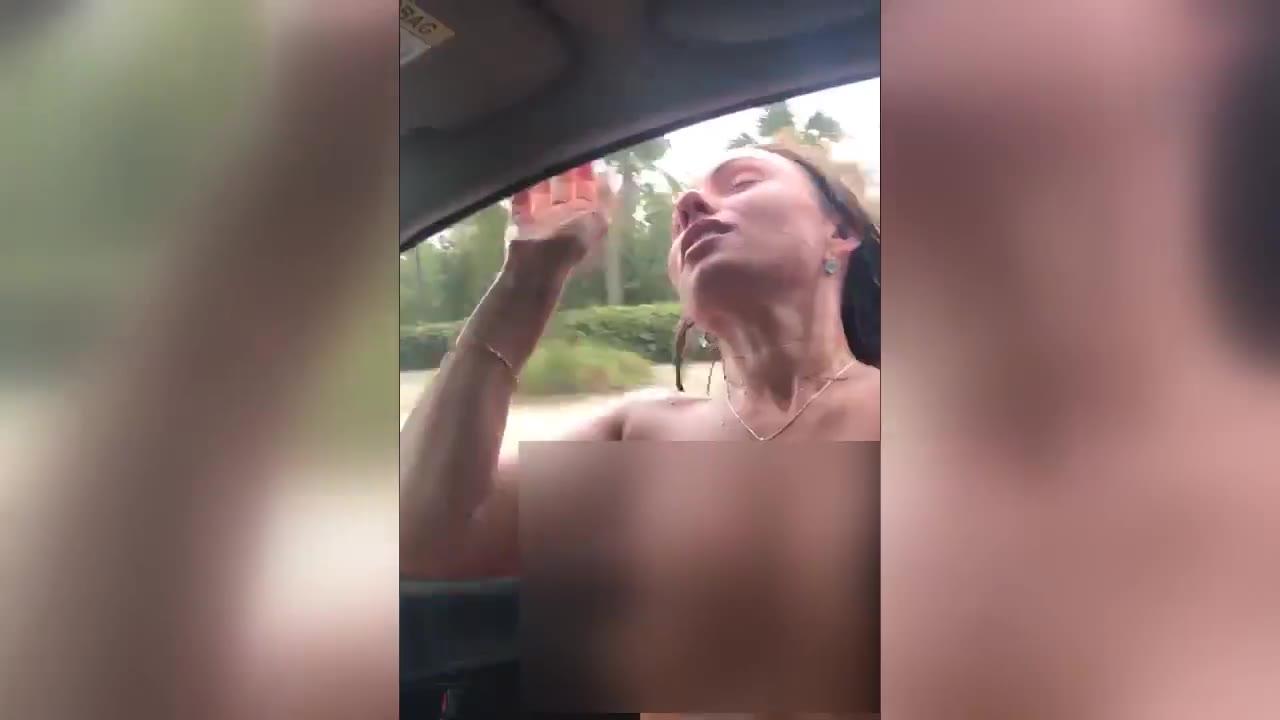 俄罗斯女子裸身伸出车窗外兜风 撞上灯柱身亡