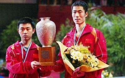 2000年悉尼奥运会乒乓球男双——闫森王励勤图片