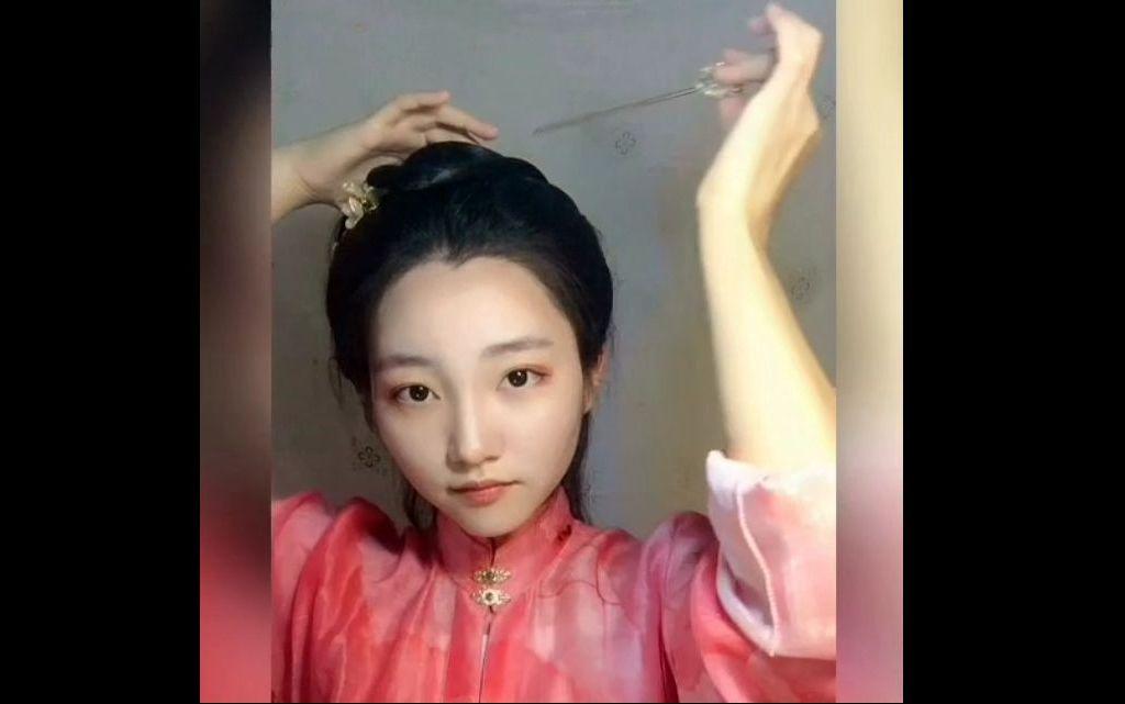 一个适合明制汉服的发型教程(需要发片和垫发包)