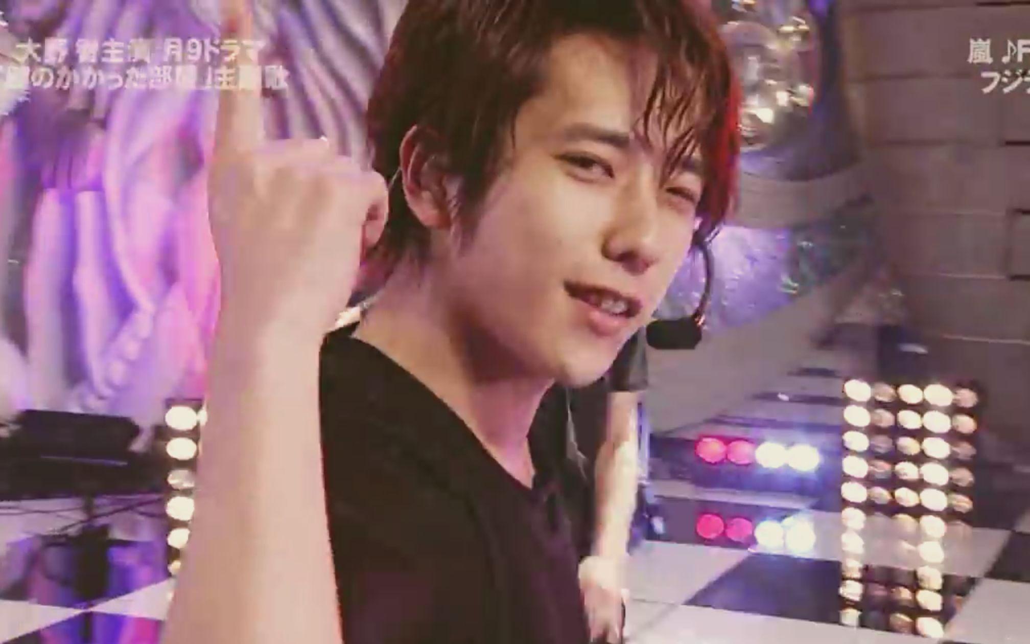 岚- Face Down live in HEY! HEY! HEY! Music Champ 2012.05.07