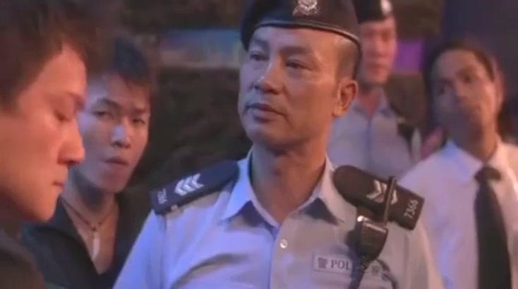 任达华放狠话:我香港警察有30000人, 洪兴帮黑老大也不敢吱声了