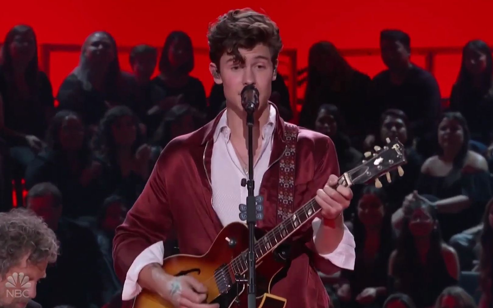 【1080p】【Shawn Mendes】【现场】Hound Dog 致敬猫王 Elvis Presley Tribute