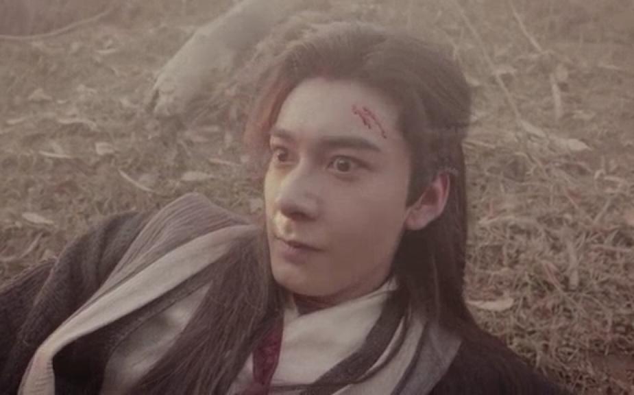 男主虐女主的小�_男主角受伤女主角照顾他的言情小说