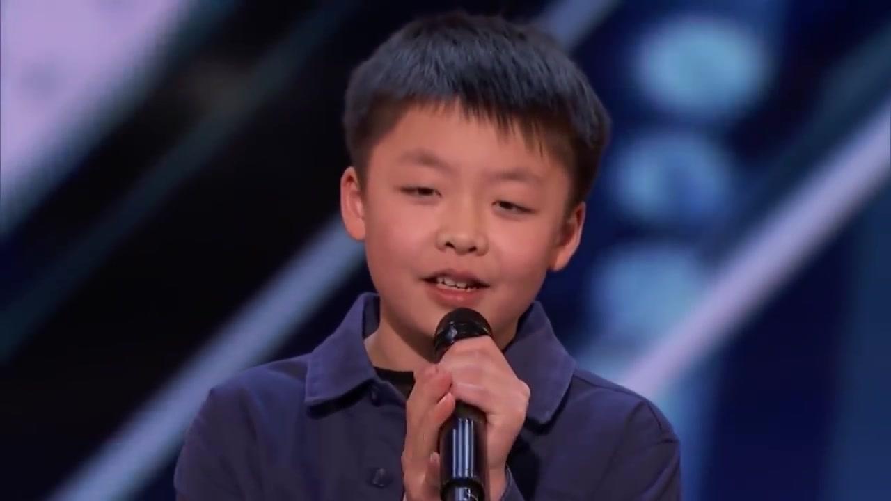 13岁的李成宇上《美國達人秀》展現惊人的歌喉