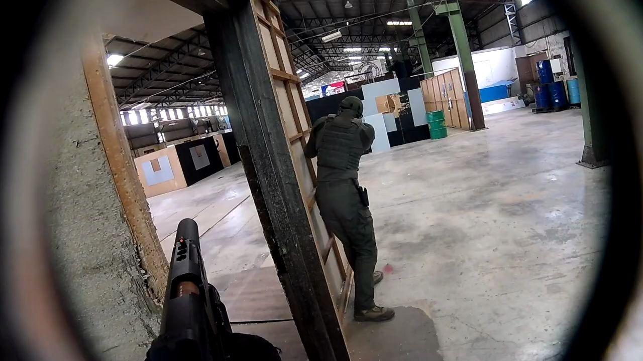 Airsoft 生存遊戲 - 『手』槍打蛋 - Pistol Testicle at 台灣(林口)CQB