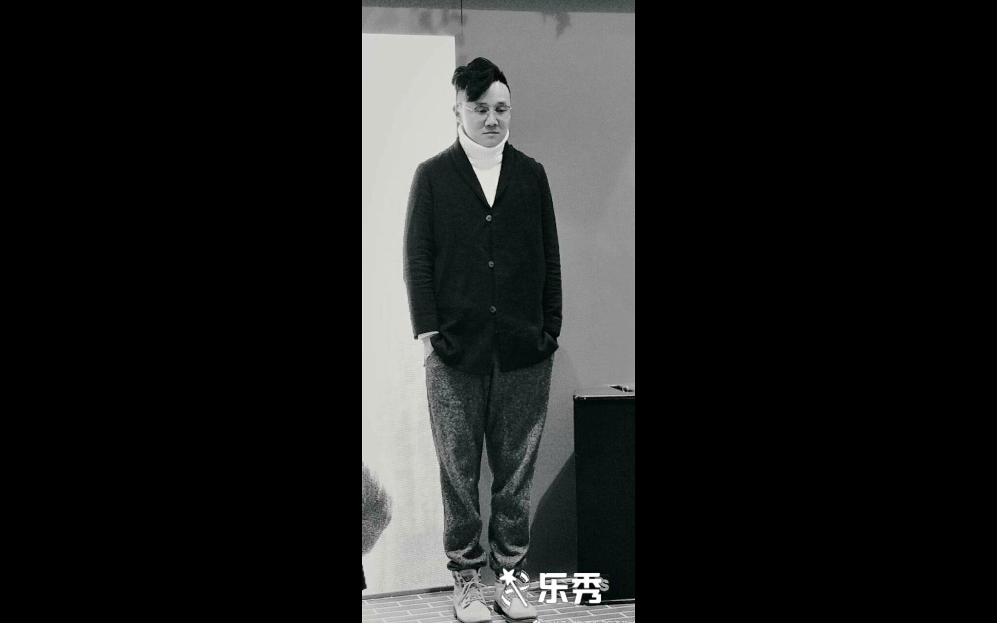 吴磊耳机_【配音吴磊】快来接受来自吴磊大大带来的告白_哔哩哔哩 (゜-゜ ...