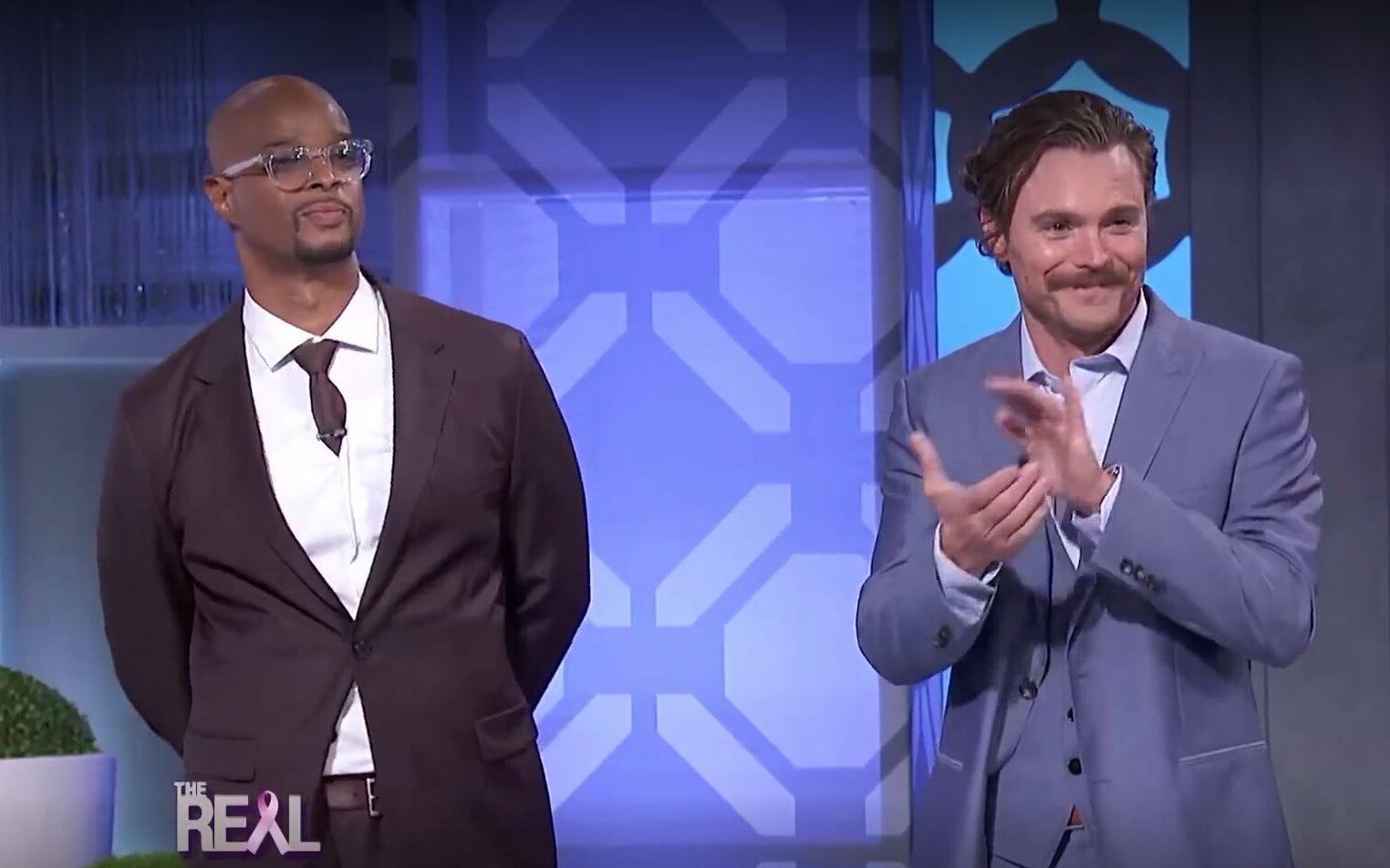 【致命武器lethal weapon】【游戏】Clayne Crawford & Damon Wayans Play 'Lethally Legit